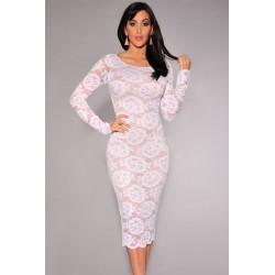 La robe en dentelle florale blanche ou noire