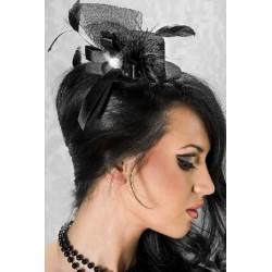 Le chapeau noir plumes et diamant