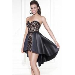 La robe bustier queue de pie