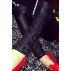 Le legging vintage noir effet mouillé