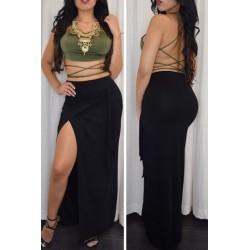 La jupe longue noire à nouer devant