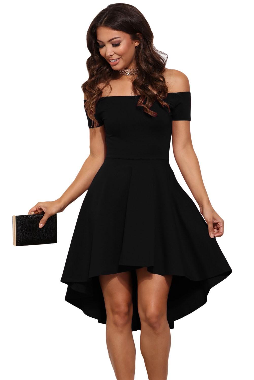 La petite robe noire ou bordeaux sur Bustiers et Corsets 9b12aa853
