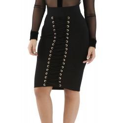 La jupe corset noire près du corps