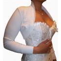 Le boléro blanc avec perles