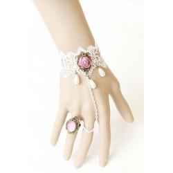 Bijou de main blanc petits diamants roses