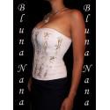 Le corset crème brodé de perles